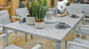 esstische wohntische aus granit edelstahl galerie kwozalla. Black Bedroom Furniture Sets. Home Design Ideas