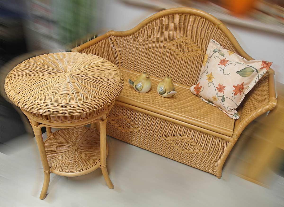 Rattanmöbel Set - Tisch & Bank - nur komplett